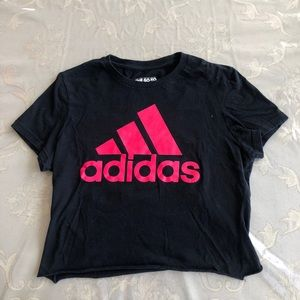🌟Adidas Cropped T-shirt🌟